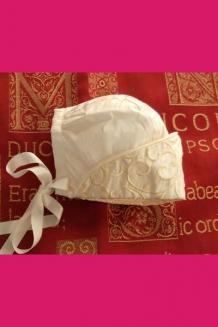 Ivory Heavy embroidered peak bonnet