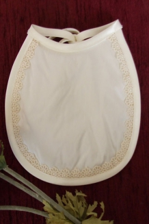 Maisy lace bib